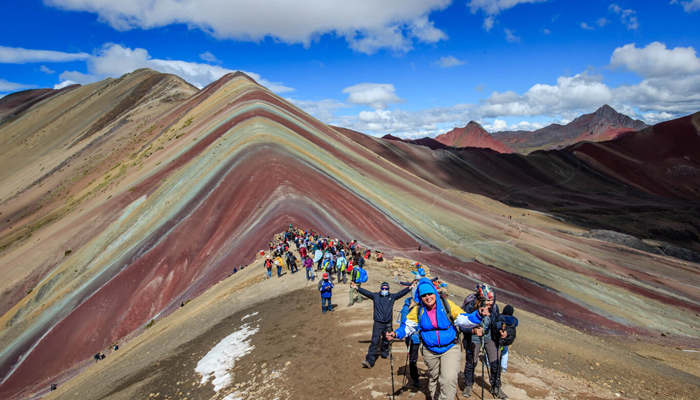 CUSCO TOUR WITH VINICUNCA MOUNTAIN